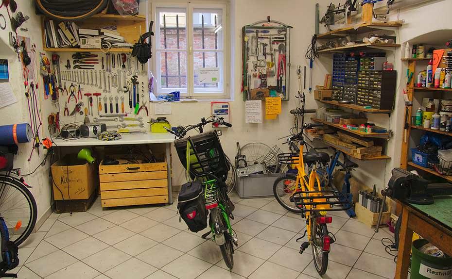 bike-kitchen-bisiklet-atolyesi