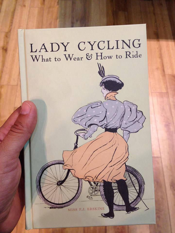 bisiklete binerken ne giymeli