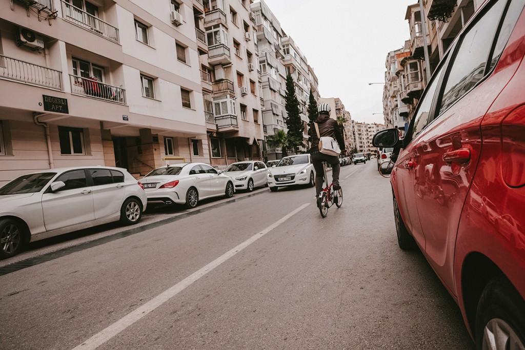 Trafikte Bisikletle Güvenli Sürüş