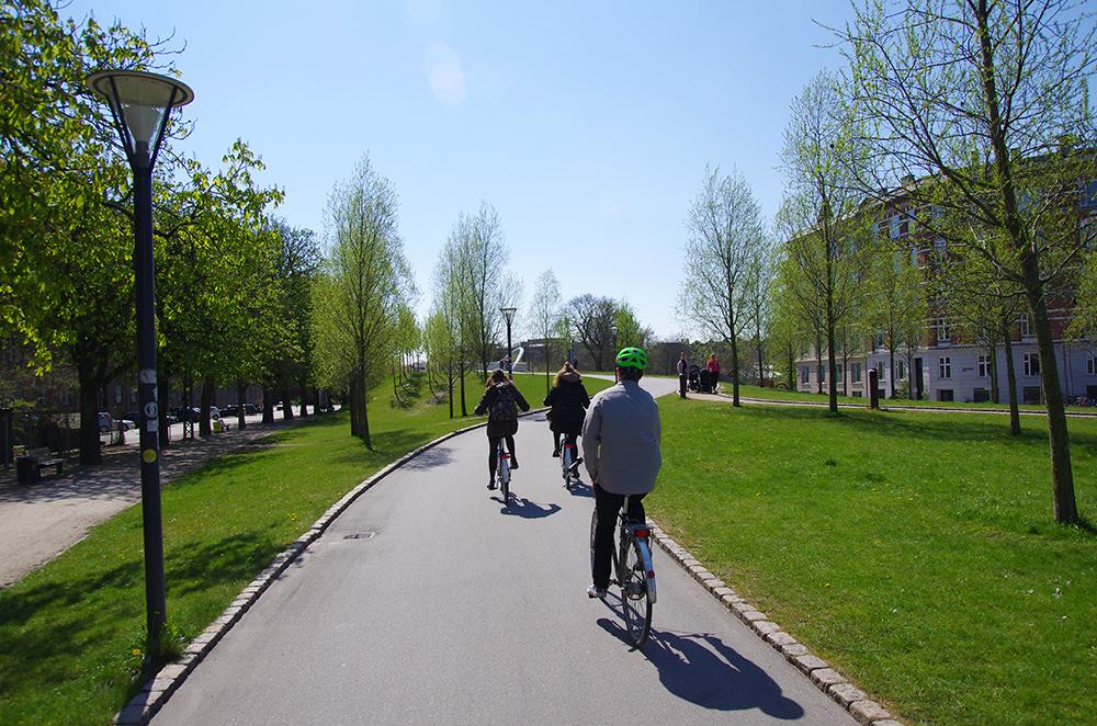 dunyanin 7 harikasi green cycling lane