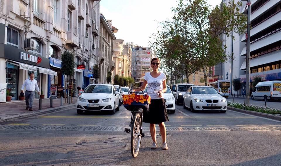 bisiklet ve kadin